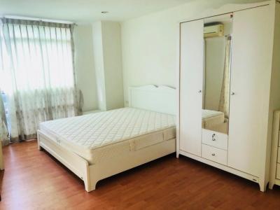 For RentCondoRamkhamhaeng, Hua Mak : For rent, Condo Lumpini Ville Ramkhamhaeng 44, size 64 sqm. 2 bedrooms, 12th floor, fully furnished, electricity fully 18,000 baht.
