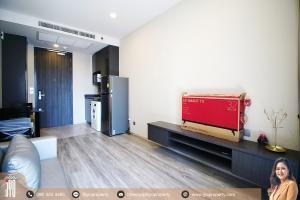 For RentCondoSukhumvit, Asoke, Thonglor : JY-R00095- Super luxury Ashton Asoke Condominium Sukhumvit 21 37sq.m. on 17 floor 1Bed 1Bath Corner Room, Asoke road  View