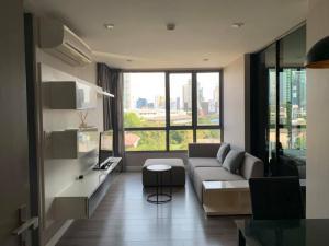 For RentCondoSukhumvit, Asoke, Thonglor : M3792-Condo for rent, The Room Sukhumvit 40, near BTS Ekkamai, fully furnished, ready to move in.