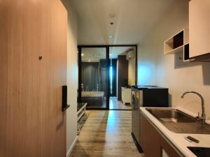 For RentCondoSamrong, Samut Prakan : For RENT and SALE Knightsbridge Sky River Ocean 8th floor