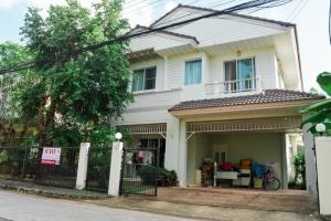 For SaleHouseKhon Kaen : Baan Chollada, Rim Bueng Nong Kot, Si Chan Road, Ban Pet, Khon Kaen, near Khon Kaen University, 61.6 sq m., 3 bedrooms, 3 bathrooms.