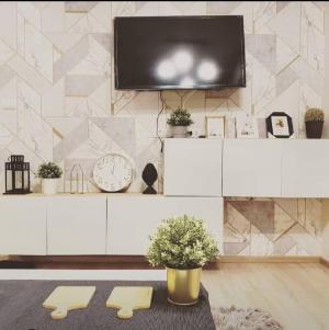 เช่าคอนโดพระราม 9 เพชรบุรีตัดใหม่ RCA : Special Price by OWNER! 1 bed 1 bath Fully Furnished 35 sq.m.