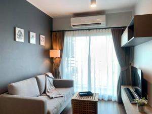For RentCondoOnnut, Udomsuk : Private unit 2 Bed corner room nice decoration @ Ideo Sukhumvit 93