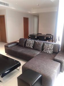 เช่าคอนโดสุขุมวิท อโศก ทองหล่อ : For Rent 2 Bedroom @ The Emporio Place Ready to move in 50K/Month