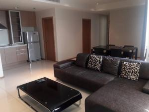 For RentCondoSukhumvit, Asoke, Thonglor : 🔥 Very good price, beautiful decoration, ready to move in, good location, near BTS Phrom Phong 🔥 Ready to finish every dew The Emporio Place 2 bedrooms, 3 bathrooms, 24 hours appointment, Tel.088-111-3060