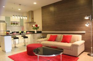 เช่าคอนโดสุขุมวิท อโศก ทองหล่อ : Nusasiri Grand Condo  - 1 Bedroom for RENT 25K