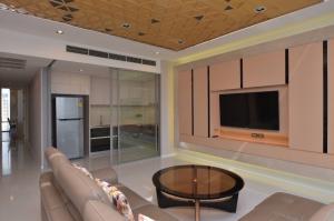 เช่าคอนโดสาทร นราธิวาส : For rent !! The bangkok sathorn 2 bed 118sqm fl15+