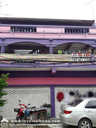 For SaleBusinesses for saleRangsit, Patumtani : Selling a 3-storey dormitory building, Rangsit-Nakhon Nayok Road 4, Soi Community 40, area 56 sq m. There are 22 bedrooms + en-suite bathrooms, good location, special price for sale, near the expressway.
