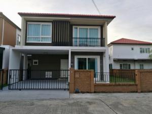 For RentHousePattanakan, Srinakarin : Luxury house for rent, Golden Village, On Nut-Pattanakarn, area 45 sq.w.
