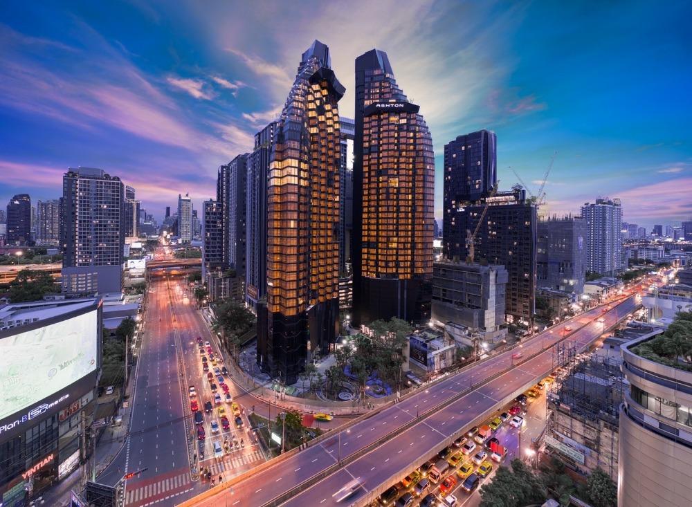 ขายคอนโดพระราม 9 เพชรบุรีตัดใหม่ : ขาย 1 ห้องนอน วิวสวยมาก Ashton Asoke-Rama 9 ตึก Alpha นัดชมโครงการ โทร.062-339-3663